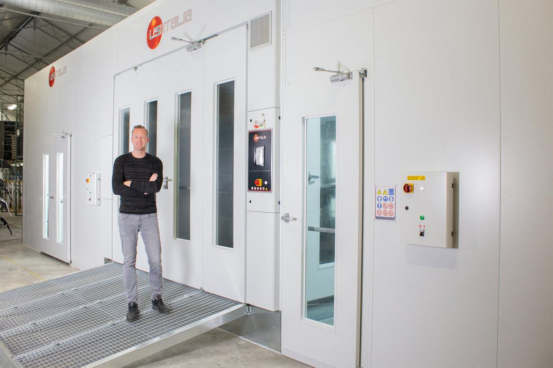 Erik Vos - Director of Autoteile in Farbe